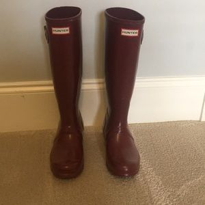 Crimson hunter rain boots